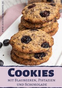 Cookies mit Heidelbeeren, Schokolade und Pistazien