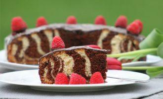 Schoko-Himmbeeren kuchem im Zebralook