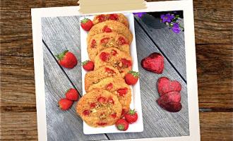 Erdbeer Crumble mit Herz