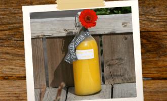 Mangolimes in Flasche