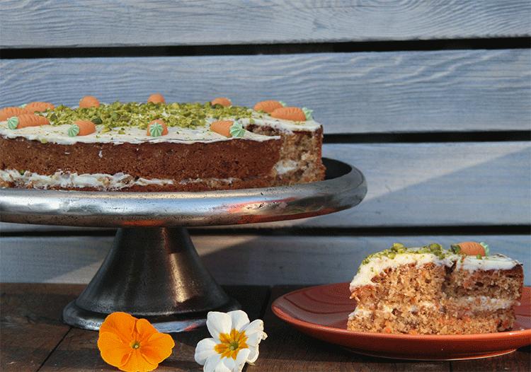 Leckerer Carrot Cake mit Frischkäse