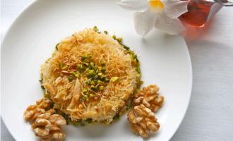 Kadayif Dessert aus der Türkei