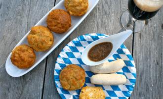 Oktoberfest-Muffins Weißwurst und Bier