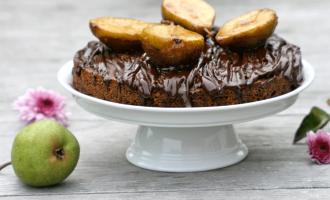 head750_schokoladenkuchen-mit-karamellisierten-birnen