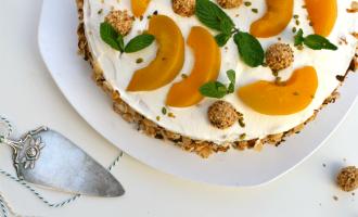 Pfirsich Giotto Torte