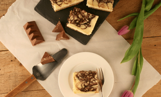 Chocolate Swirl Cheesecake Bars