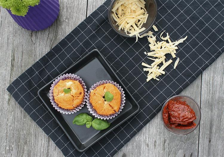 Herzhafte Käse Tomaten Muffins