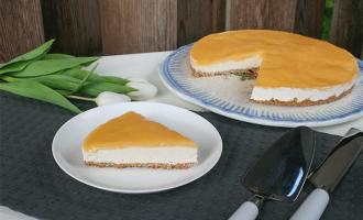 No bake Cheesecake mit Lemon Curd Spiegel