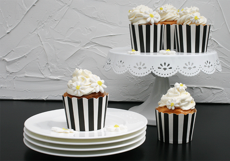Klein aber fein - Buttermilch Lemon Curd Cupcakes