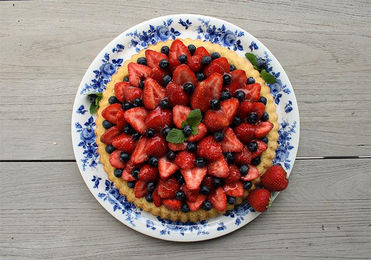 Schnell gemacht - Obstboden mit Erdbeeren