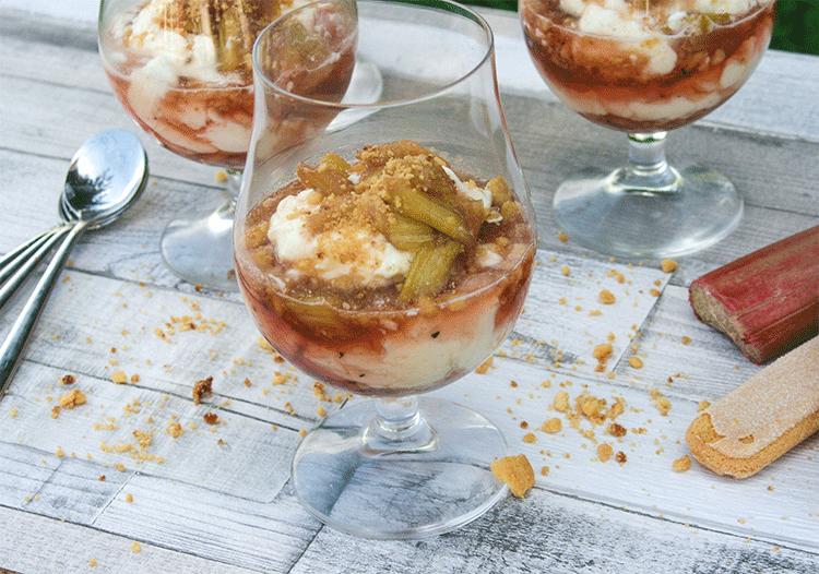 Rhabarber Mascarpone Dessert