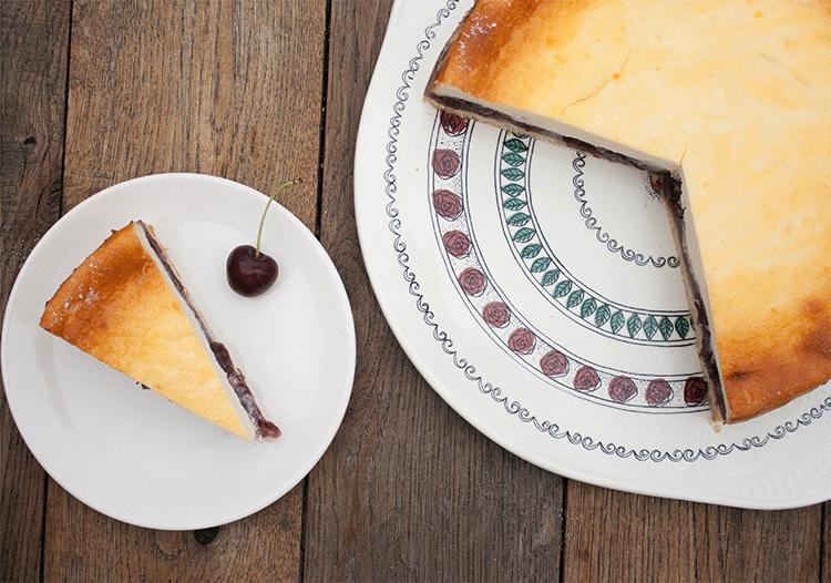 Kuchenklassiker - Käsekuchen mit Kirschen