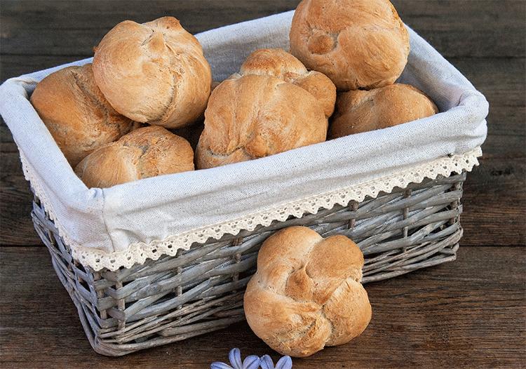Ofenfrische Semmerl - perfekt zum Frühstück