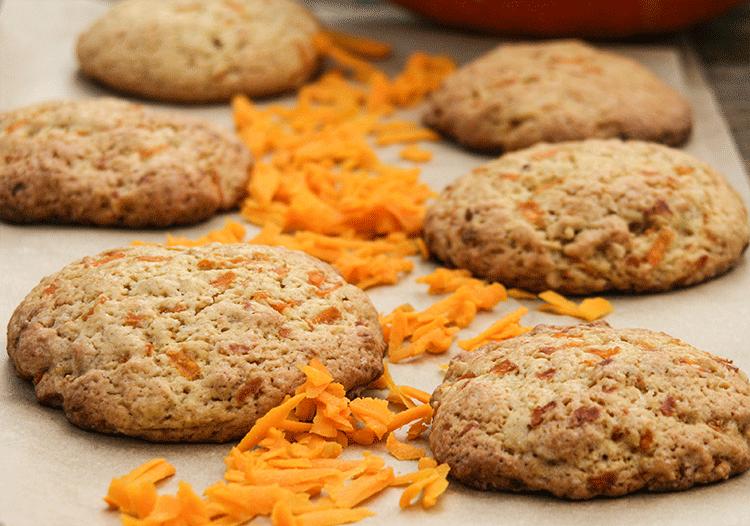 Kürbis-Cookies mit vielen Gewürzen und Haselnüssen