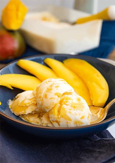 Crème fraîche Eis mit Mango - ohne Eismaschine