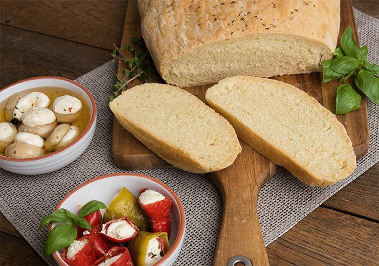 Italienisches Weißbrot mit Olivenöl