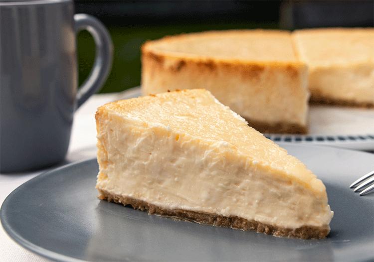 Amerikanischer Käsekuchen mit Keksboden