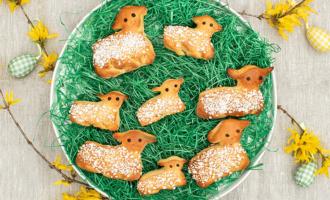 Süß zu Ostern Lämmer aus Hefeteig