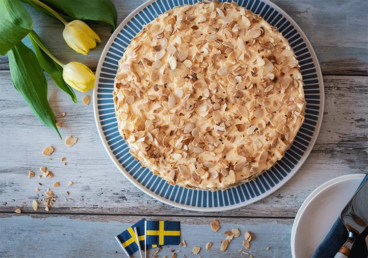 Schwedische Mandeltorte mit Buttercreme