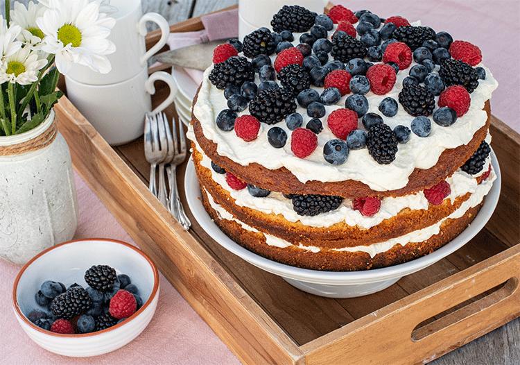 Victoria sponge cake mit Beeren