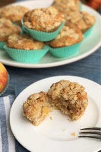Apfel-Muffins mit Streuseln